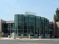 Dr. Roberto Cruz Alum Rock Branch Library