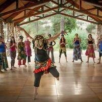 Open level West-African dance class