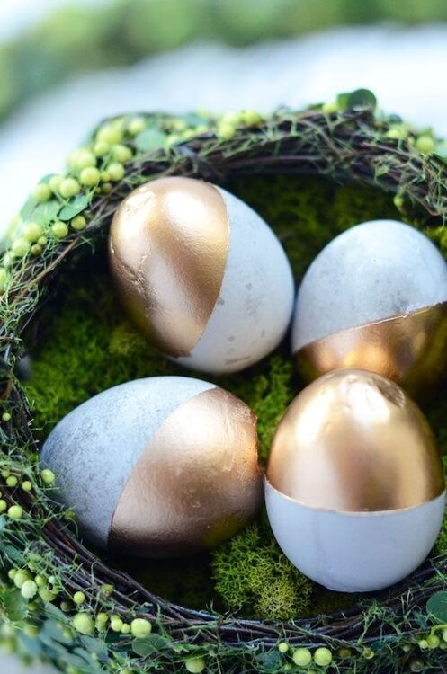 Garden Creativity: Decorative Concrete Eggs