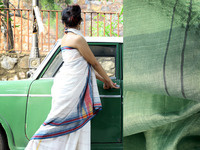 Handwoven Indian Textiles and the Sari
