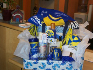 UD's The College School Silent Auction