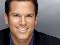 SmartTALK with news anchor Thomas Roberts '94