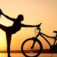 TRI-FLOW: Yoga for bikers