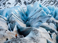 CHASING ICE with photographer James Balog (free screening)