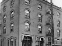 The Pearl District Tour: Preservation in the Midst of Change