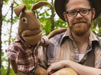 Red Yarn: Folksongs and Puppetry for Families