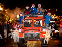 Hood River Parade & Tree Lighting