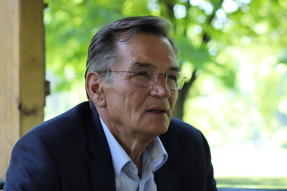 Former prime minister of Bosnia and Herzegovina, HARIS SILAJDZIC, to give talk