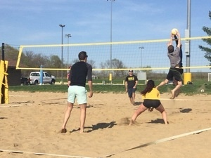 Intramural 4-on-4 Sand Volleyball Registration