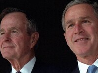 Mark Updegrove--The Last Republicans: Inside the Extraordinary Relationship Between George H.W. Bush and George W. Bush