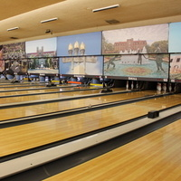 Wednesday Bowling Special at Crenshaw Lanes