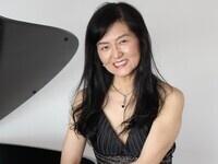Junko Garrett, Piano