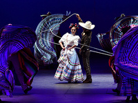 Artist Series: Ballet Folklórico de México de Amalia Hernández