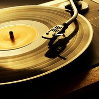 Intro to Vinyl DJing @ FA