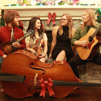 Free holiday concert: The Barefoot Movement