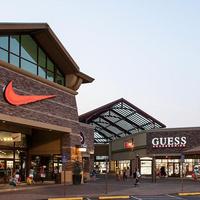 INTO OSU Woodburn Shopping Trip