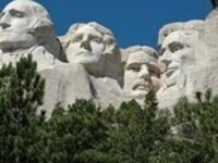 Join CoachellaValley.com & Traveling With Francoise in Mt. Rushmore!