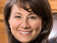 Effective Communication in Business with Nomi Bergman '85