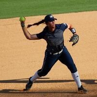 Softball vs Coastal Carolina